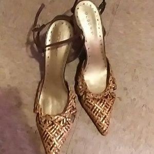 BCBGIrLs multi colored heels,brown, orange, gold